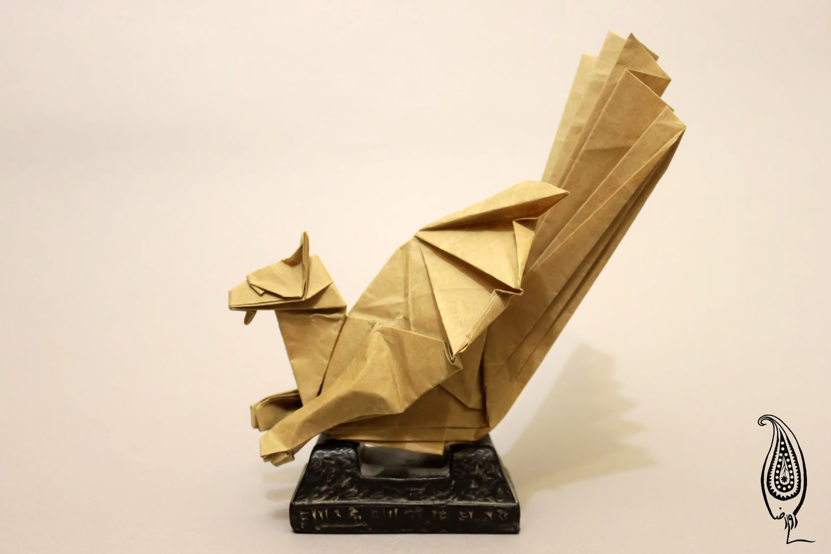اوریگامی سیمرغ ساسانی