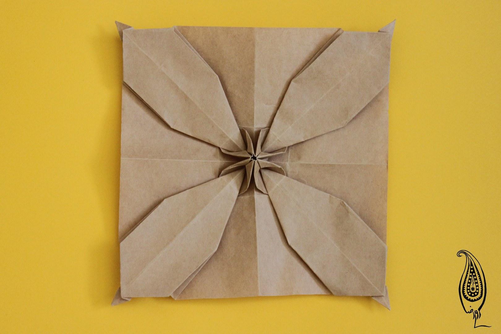 اوریگامی درفش کاویانی